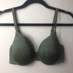Victoria's Secret Uplift Semi Demi Bra - size 34D